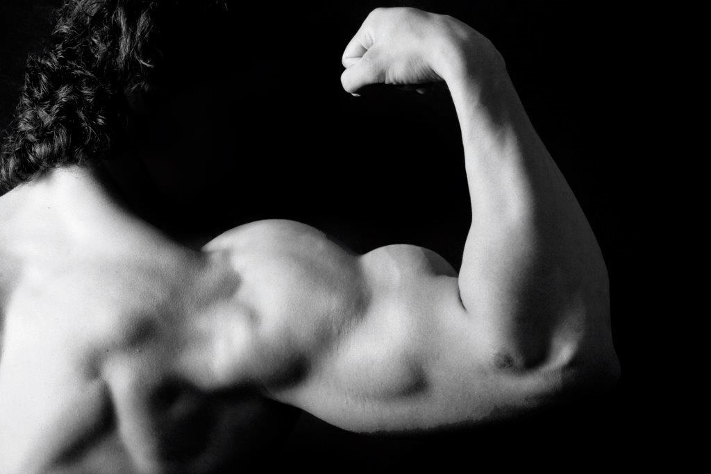 Flex Appeal – The importance of strong biceps – Sweat RX Magazine